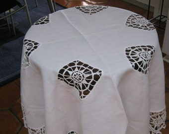 Vintage Tablecloth Cotton / White Tablecloth Crochet/ Mid Century Tablecloth/ c.1960s By Gatormom13 JUST REDUCED