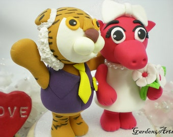 College Mascot Wedding Cake Topper--LSU Tiger & Arkansas Razorback with circle clear base