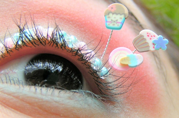 Cotton Candy Eyelash Jewelry - false eyelashes in sax blue and pink