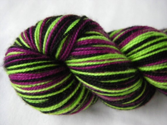 Self Striping Merino Cashmere Nylon Fingering - Circe Twisted - Poison Candy