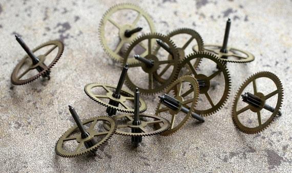 Vintage clock brass gears -- set of 11 -- D3