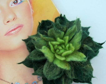 Felted  flower brooch green  flower