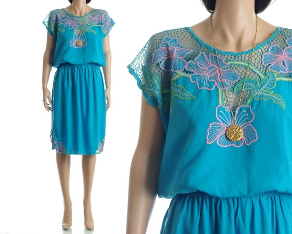 Vintage 80s Cutwork Top - Blue Floral Crochet Embroidered Mesh Blouse - XS / S / M / L