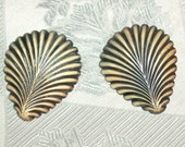 Art Deco Celluloid Fan Fern Leaf Buttons, Matched Pair, Thumb Screw Back 1930s -- 0729