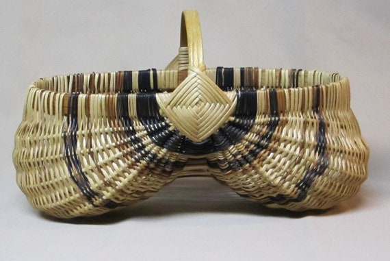Hand Woven, Oval Egg Basket with Oak Handle, Natural with Black and Tan Accents