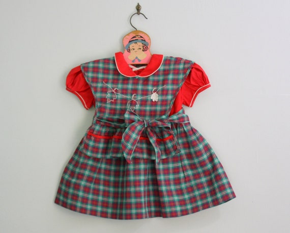 1950s toddler dress / 50s girls dress / plaid dress pinafore