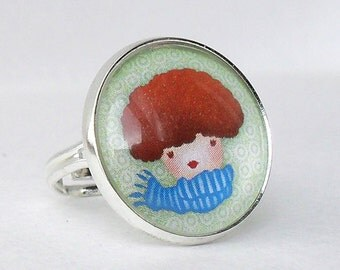 Little Girl With Scarf Ring