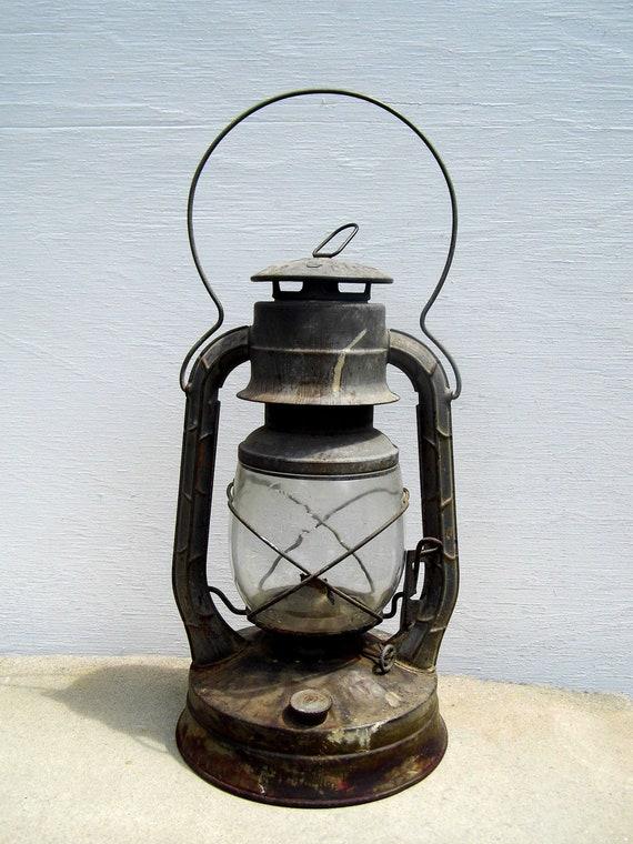 Dietz Lantern, Dietz No. 2 D-Lite, Old Lantern, Railroad Lantern, Rustic Decor, Barn Lantern