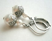 Pearl Earrings In Silver With Flower Beadcaps And White Swarovski Crystal Pearls