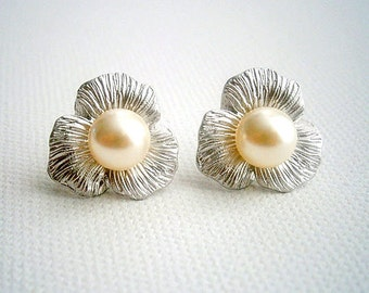 Pearl Earrings With Matte Silver Flower Settings And Round Cream Swarovski Crystal Pearls