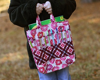 Picnics and Fairgrounds Crayon Bag