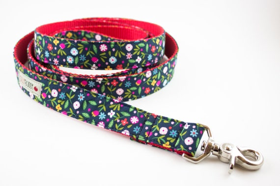 Dainty Navy Floral Dog Leash