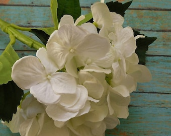 Silk Flowers - Jumbo Artificial Hydrangea Head in White on SUBMERGEABLE STEM - Top Quality