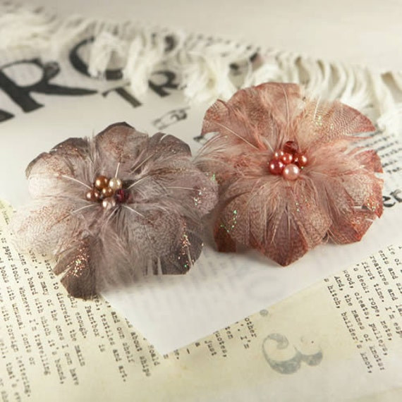 Prima Flowers - Regia French Roast - Feather Flowers with Pearl Centers - Scrapbooking - Artificial Flowers