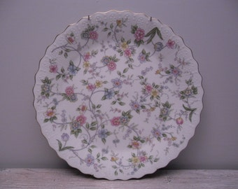 andrea sadek floral plate with hanger / wall decor