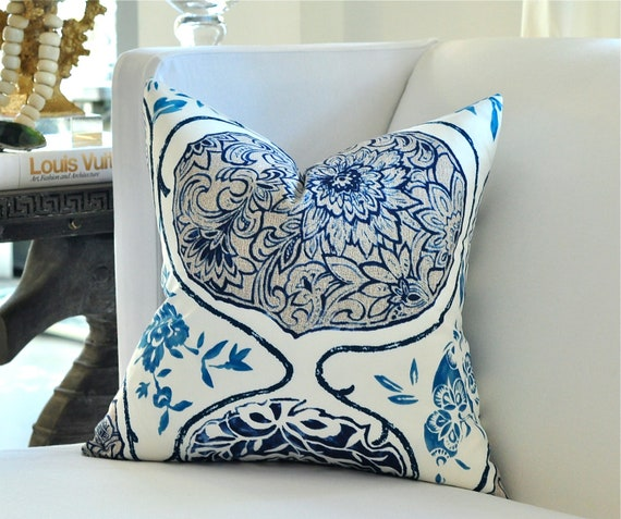 """OUTDOOR 18""""sq. Katsugi pillow cover in Blues"""