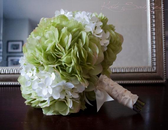 Mazzo verde e bianco di nozze bouquet da sposa ortensia for Colore ortensia