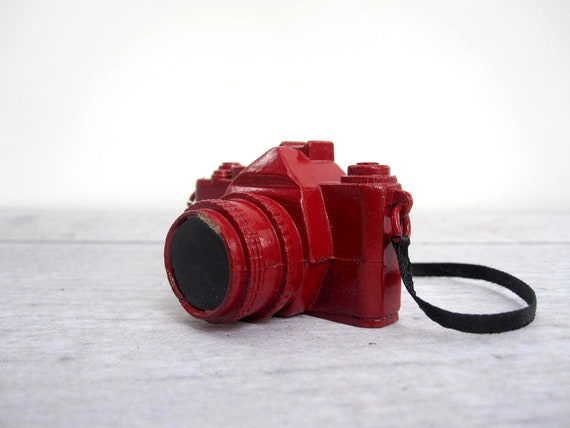 Red Camera - Miniature Die Cast Camera Ornament