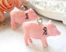 2PCS Hand made lovely piggy pig with ribbon bow eye hook plastic charms Skin color (15-1-359)