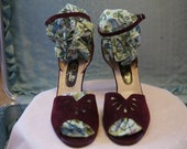 1970's Oxblood Suede Pappagallo Strappy Sandals size 9.5