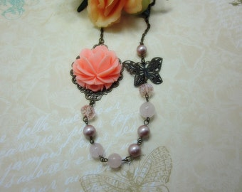 Peach rose with rose quartz beads and swarovski pearls Necklace.  Lovely gift for her.  Anniversary, Birthday, Bride, Maid of Honor.