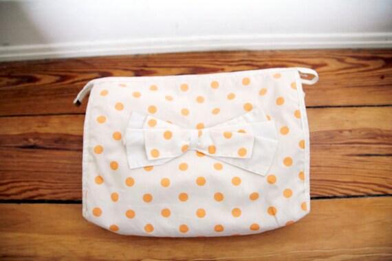 SALE Vintage Polka Dot Make Up Purse Clutch Weekend Bag 1990s Large