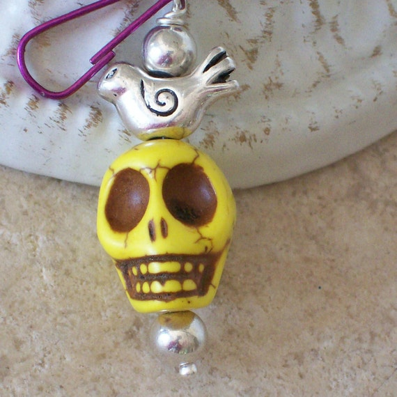 Day of the Dead Yellow Sugar Skull Zipper Pull Charm