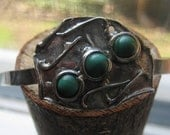 Ladies Primitive Hand Crafted Southwestern Silver Bracelet with Malachite Stones Old Pawn