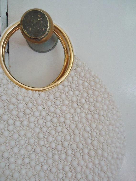 White Plastic Beaded Vintage 1950's 1960's Rounded Handbag Purse