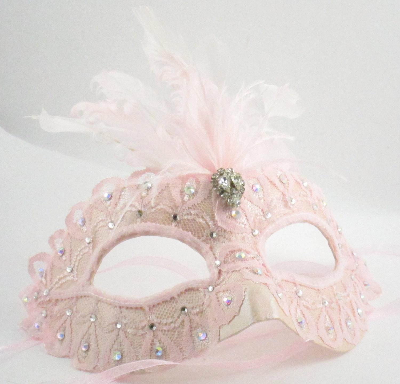 foto de Light Pink Princess Masquerade Mask