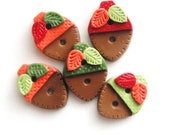 Button Small Acorns handmade polymer clay buttons ( 5 )