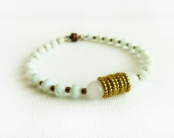 Minty opal vintage look beaded bracelet. Rustic fashion jewelry