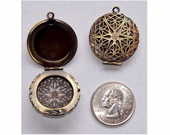 48 pcs wholesale lockets Perfume Locket oil diffuser 26mm Filigree Locket bulk Scent Locket diy aroma therapy pendant memmory locket 469x