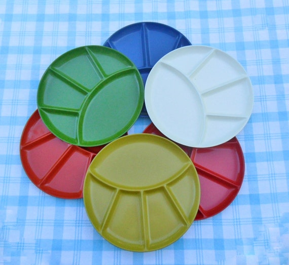 laquerware fondue plates imperial international 6 mint in box picnic plates divided plates 60s 70s snack set