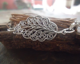 TENDER DECORATED LEAF wrap  bracelet (1116)