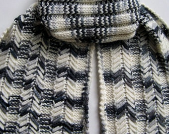 Knit Scarf Pattern:  Elongated Slipped Stitch Turtleneck Scarf Knitting Pattern
