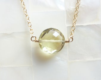 Step-Cut Faceted Lemon Quartz Coin Bead on Gold Chain Necklace (N1759)