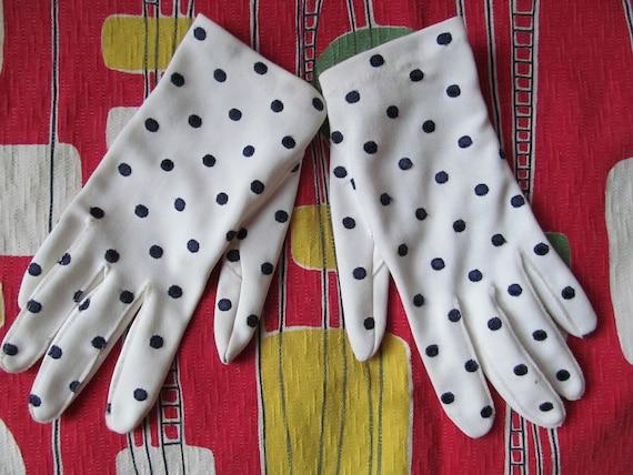 Cute vintage 50's white nylon embroidered navy blue polka dots gloves