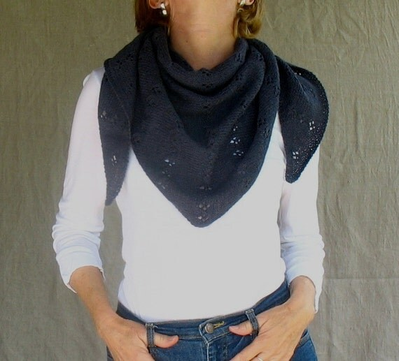 Triangle Scarf Shawlette of Alpaca Lambswool in Midnight Blue