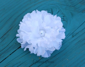 White Flower Hair Clip With Pearly Center