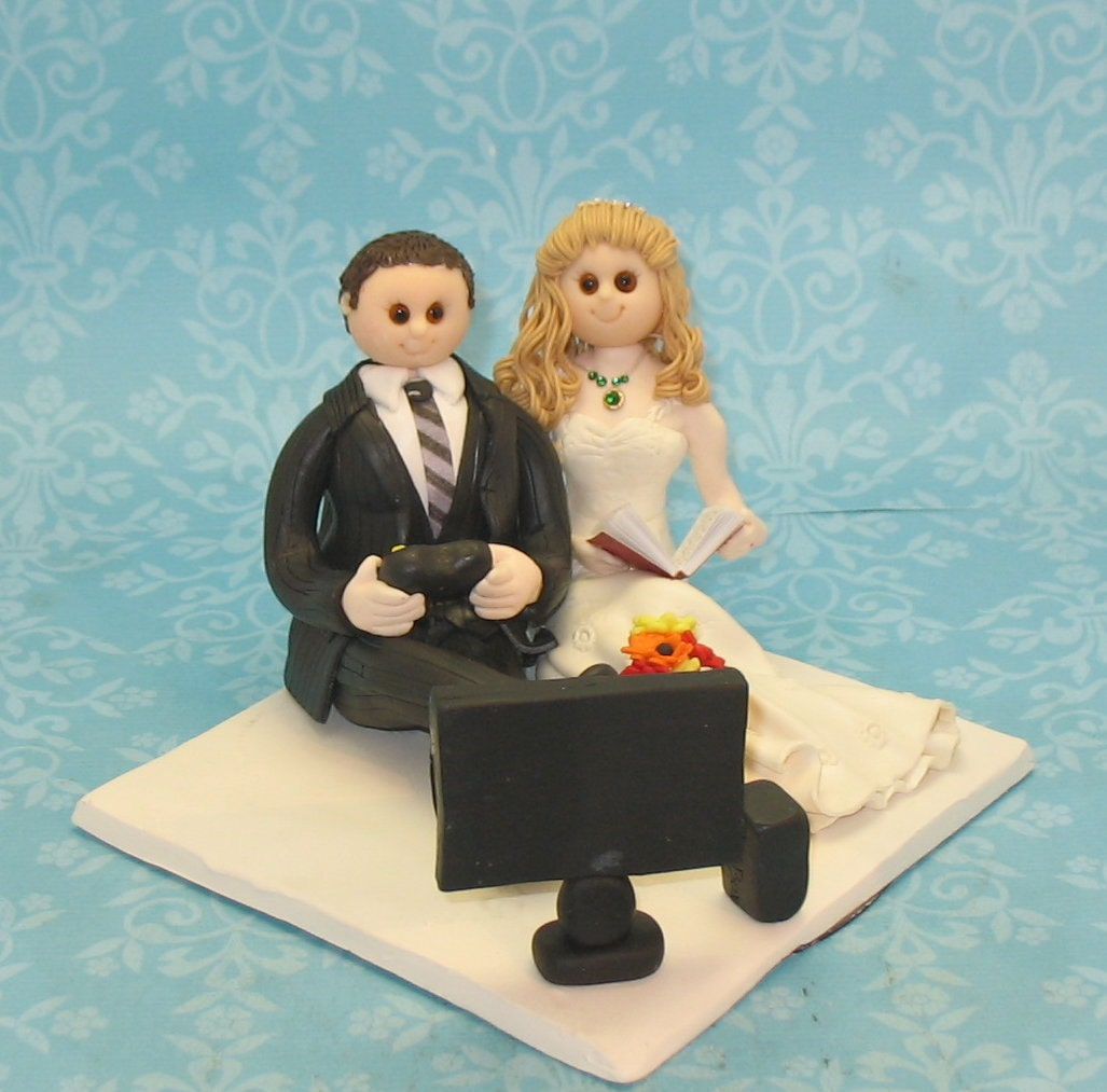 Wedding Cake Games: Wedding Cake Topper Video Game By MandMClayCreations On Etsy