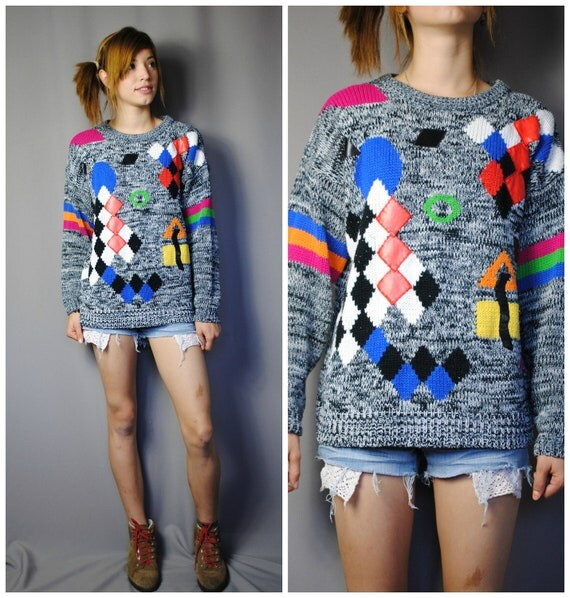 Vintage 90's KNITTED Sweater with ABSTRACT Design . Size (L)
