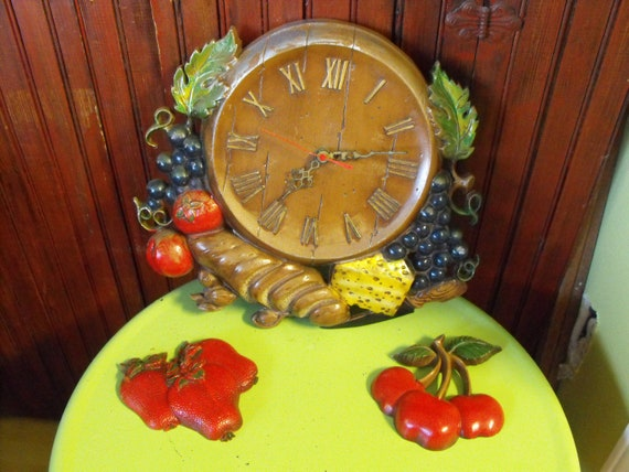 Vintage 1960's Sexton Cast Metal Kitchen Wall Clock By