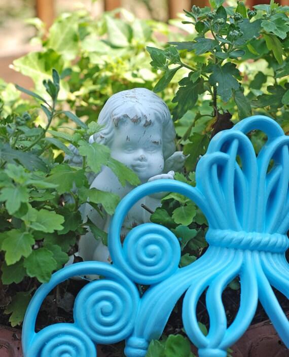 Distressed Angel Cherub Ceramic White Distressed Garden Art Plant Sitter