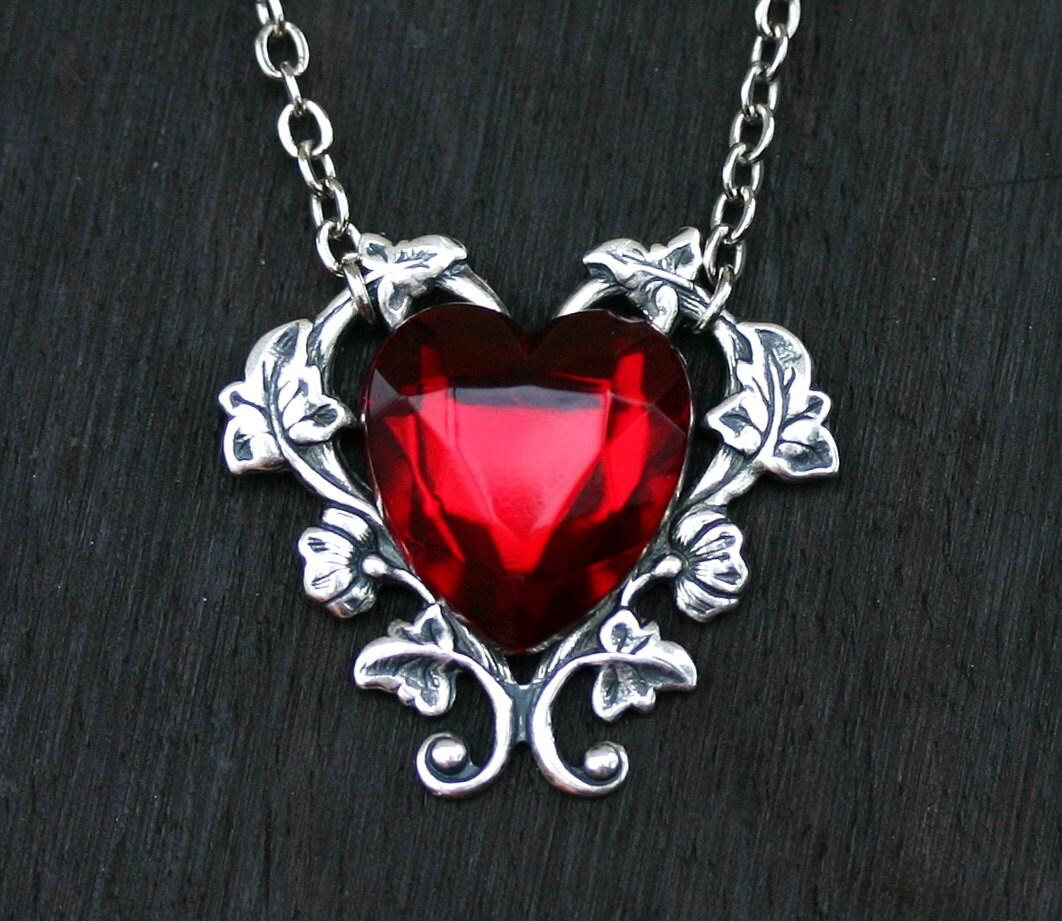red heart necklace. Black Bedroom Furniture Sets. Home Design Ideas
