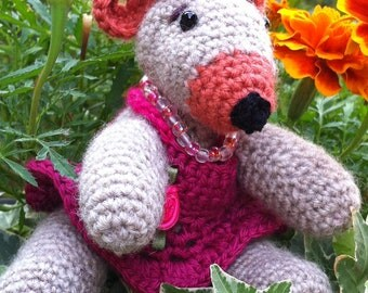 Girly Bear: Knitted toy bear in a fancy pink dress, flowers and necklace