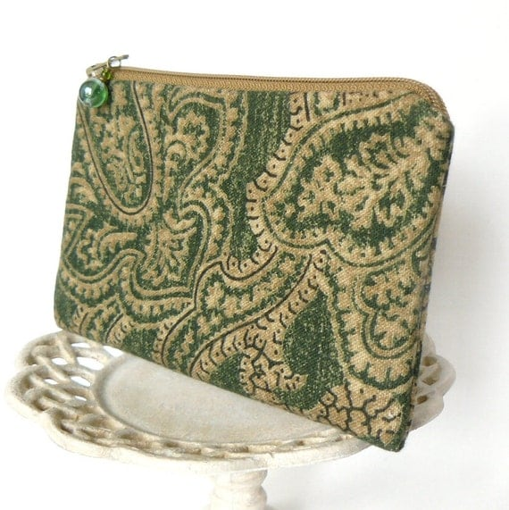 Small Zipper Pouch, Change Purse, Coin Pouch - Rustique Floral in Forest Green and Tan