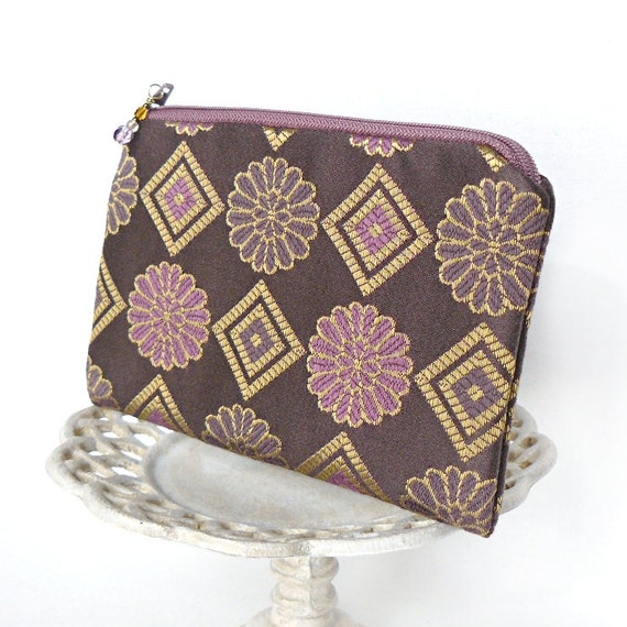 Small Zipper Pouch, Change Purse, Coin Pouch - Daisy Chain in Taupe and Mauve
