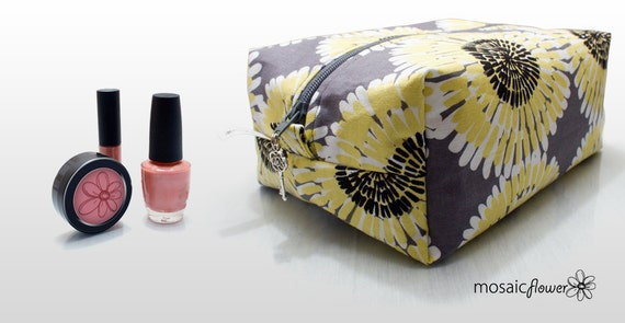 Large Makeup and Cosmetic Bag