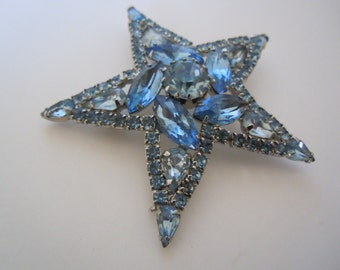 Weiss Star Brooch Vintage Jewelry Collectible